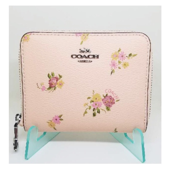 ac4712787330 Coach Floral Zip Small Wallet